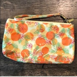Lilly Pulitzer wristlet NWOT. Perfect condition